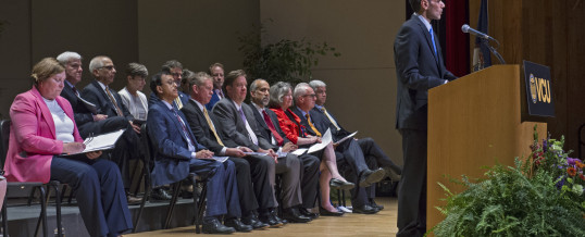 VCU honors six at faculty convocation